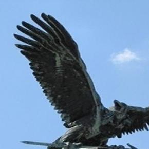 Turul-szobor (Donáth Gyula)