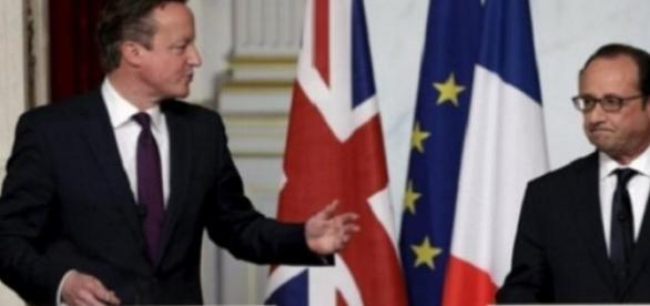Cameron and Hollande on UK PM's EU reform tour.