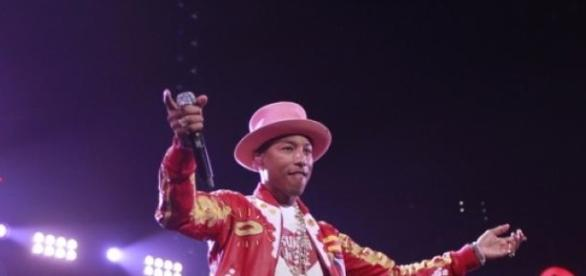 Pharrell William in concert