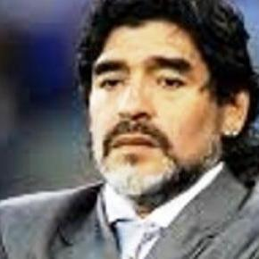 Maradona kandyduje na prezydenta FIFA