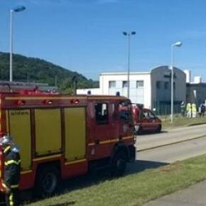Un bărbat a fost decapitat în Franța