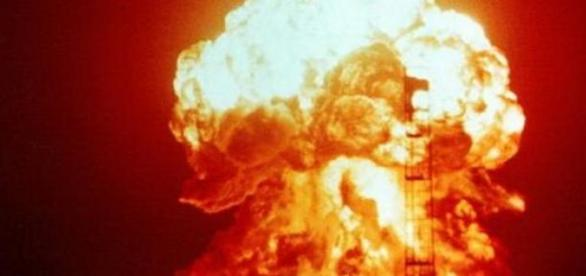 NASA va folosi bomba nucleara contra asteroizilor