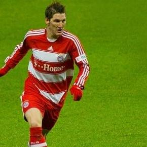 Bastian Schweinsteiger am Ball