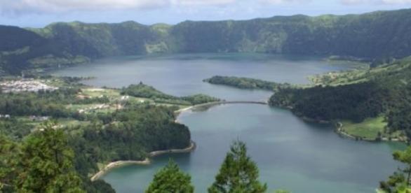 Lagoa das Sete Cidades, uma das maravilhas