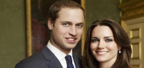 Katalin és Vilmos hivatalos eljegyzési fotója