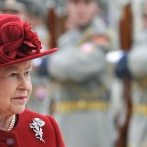 La reine Elisabeth II, à Bratislava en 2008