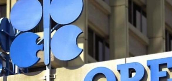 ОПЕК - организация стран экспортеров нефти