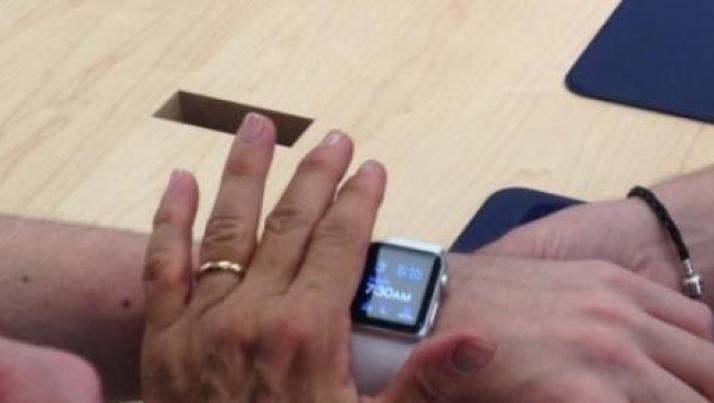L'Apple Watch costa troppo: i giovani rinunciano al suo acquisto