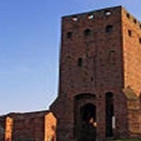 Zamek w Czersku - Wieża Bramna