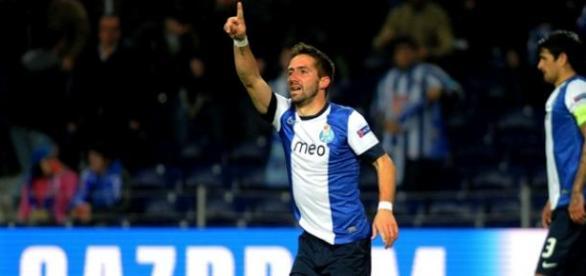Moutinho volta a apontar o seu destino ao Porto