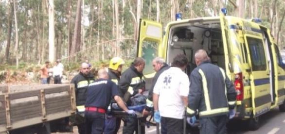 Vítima transportada em estado crítico para Braga.