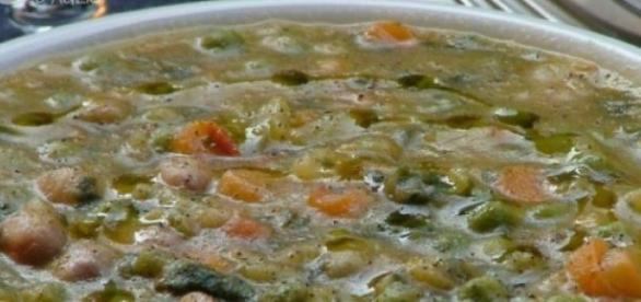 La minestra di verdure e semolino