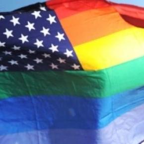 Flaga USA w barwach środowisk homoseksualnych