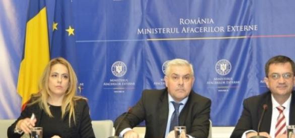 """Ministrul """"a luat pulsul"""" românilor din Italia"""