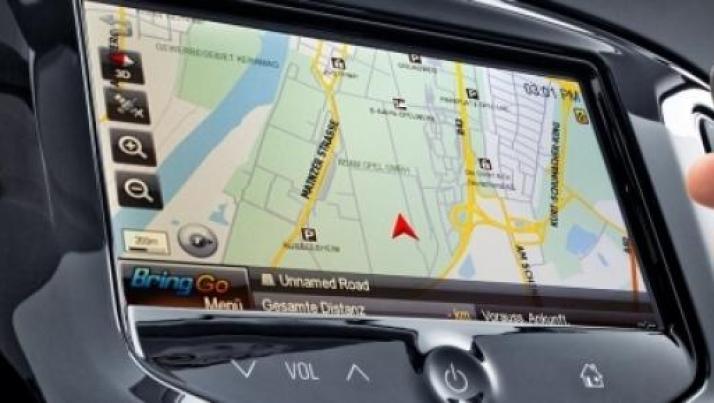 """Gli Hacker hanno trovato il modo di violare le auto """"connesse"""""""