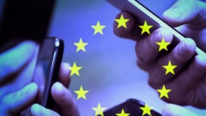 Tariffe telefoniche: parlare all'estero senza sovrapprezzo, l'Europa abolisce il roaming