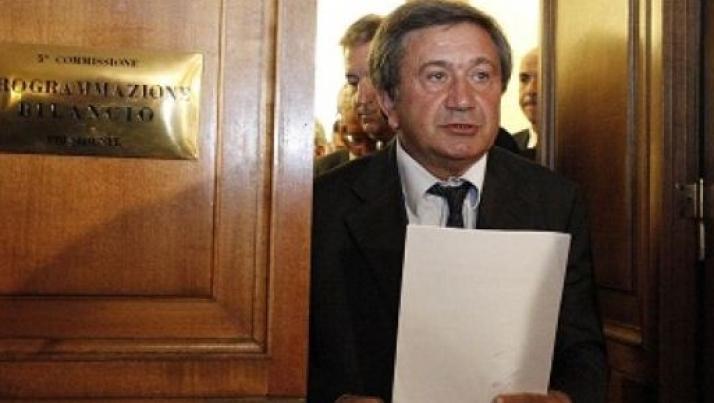 I voti del PD salvano Azzollini dalla richiesta d'arresto