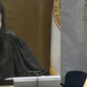 Emotii la tribunalul din Florida