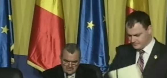 Sebastian Ghiţă are interdicţie în Parlament