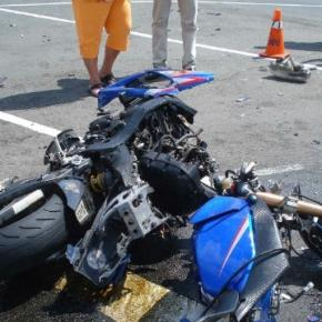 Acidente rodoviário de motorizada