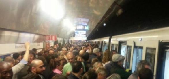 Incident la metroul din Roma