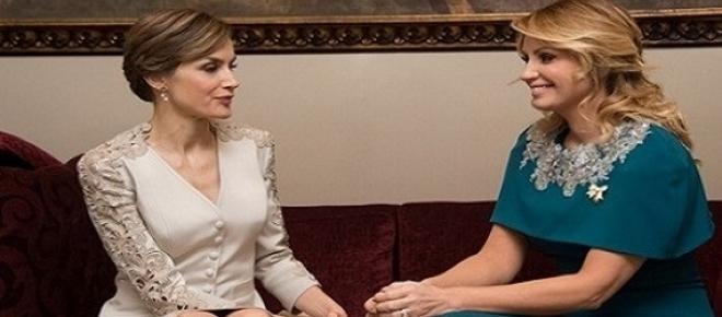 La reina Leticia con Angélica Rivera.