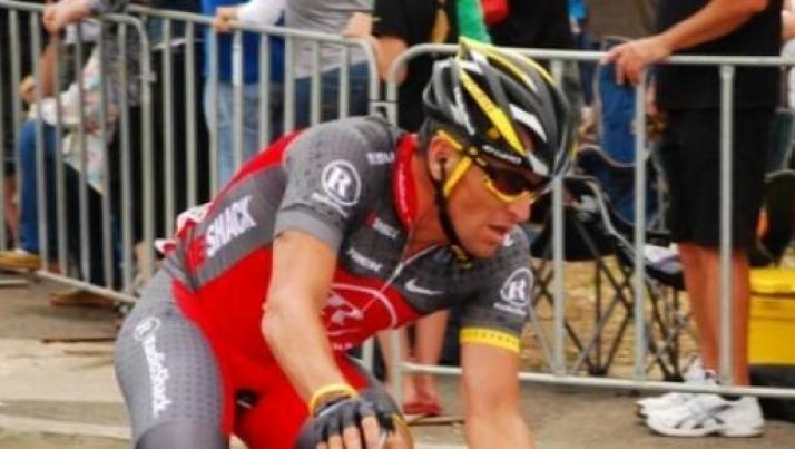 Lance Armstrong: l'ipocrisia del Tour de France e del ciclismo