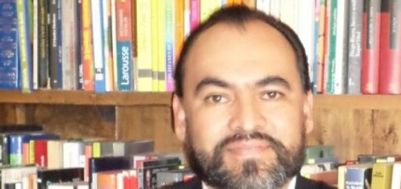 El periodista cultural Hugo Almanza