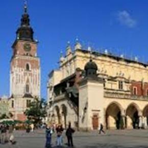 """Kraków z """"niezatapialnym"""" dyrektorem"""