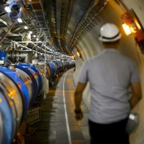 Le LHC du CERN, à Meyrin (Suisse), 18/07/2014