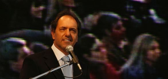 PASO 2015: Scioli aventajó a Macri con 8 puntos