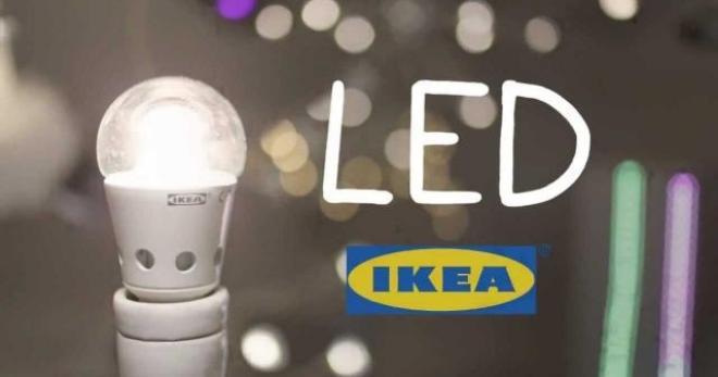 Ikea sostituisce tutta lilluminazione su mensola con lampadine a LED