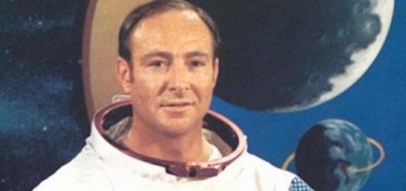 Un astronaut american face dezvaluiri