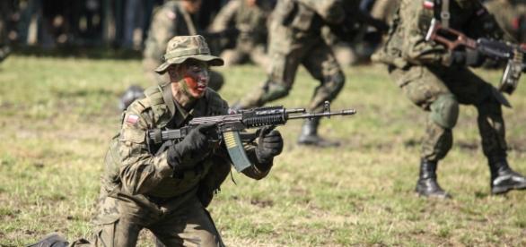 PiS może przywrócić obowiązkowy pobór do wojska