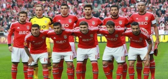 Siqueira poderá assinar pelo FC Porto.
