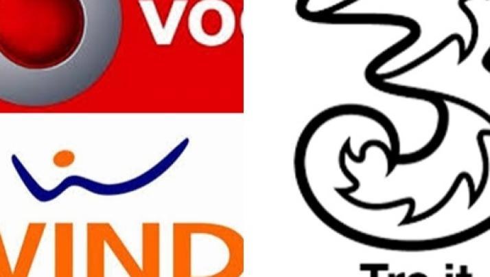 Offerte Vodafone, Wind e 3 agosto: le migliori tariffe per fine stagione