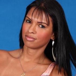Transsexual famosa é barrada por produção de Xuxa