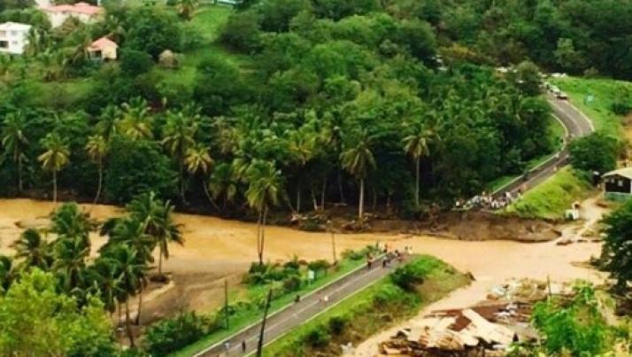 La tempesta tropicale Erika minaccia la Florida: decine i morti nei Caraibi