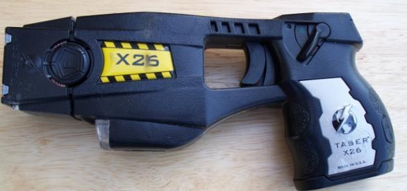 Pistola eléctrica Taser modelo X26.