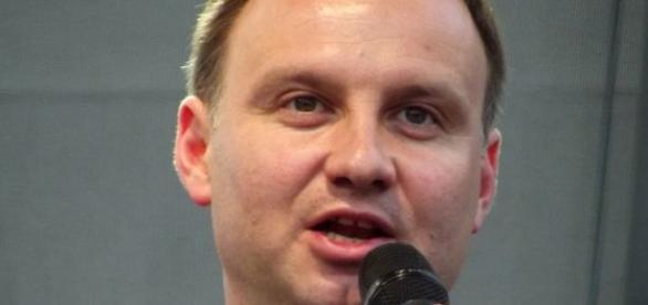 Prezydent kontynuuje kampanię wyborczą PiS-u?