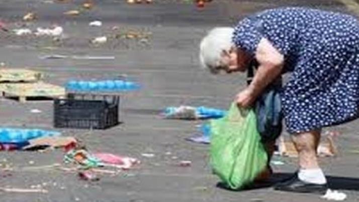 Anziani italiani, veri eroi del nostro tempo