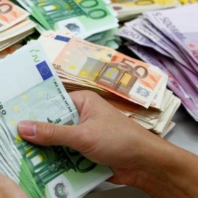 Unii conaţionali promit locuri de muncă pe bani