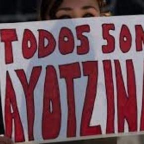 Fotografia de marchas en apoyo por los normalistas