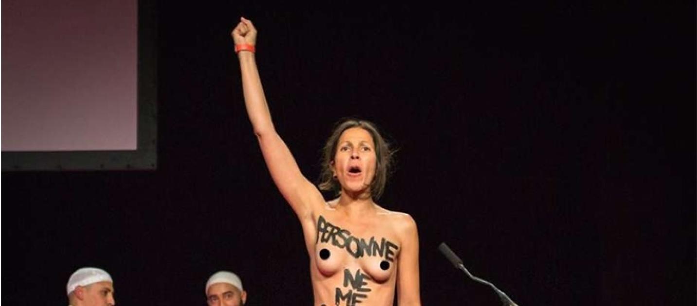 Ciudad desnuda en Francia