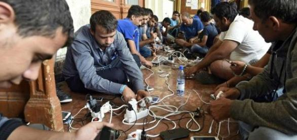 Dla uchodźców smartfon to często linia życia