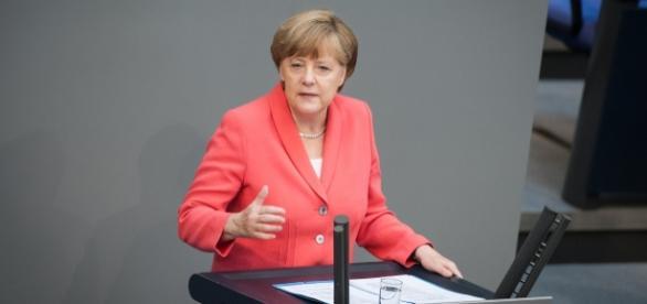 Flüchtlinge sind Chefsache bei Angela Merkel