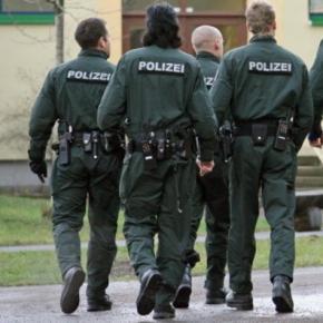 Polițiștii germani fac percheziții la Berlin