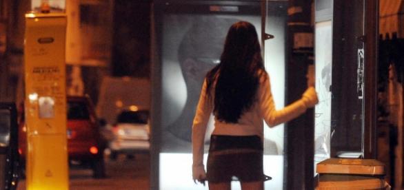 O româncă a fost bătută, violată şi jefuită