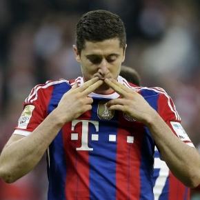Lewandowski w ostatnich 3 meczach strzelił 10 goli