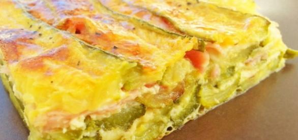 La lasagna fatta di zucchine e formaggi